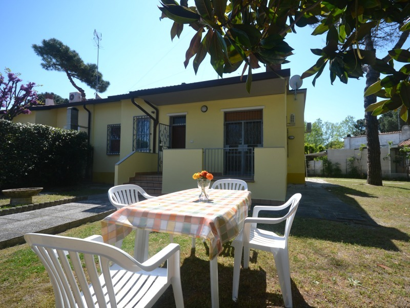 PERU-15: For rent for holiday in Italy Adriatic coast, ground floor villa with 4 bedrooms