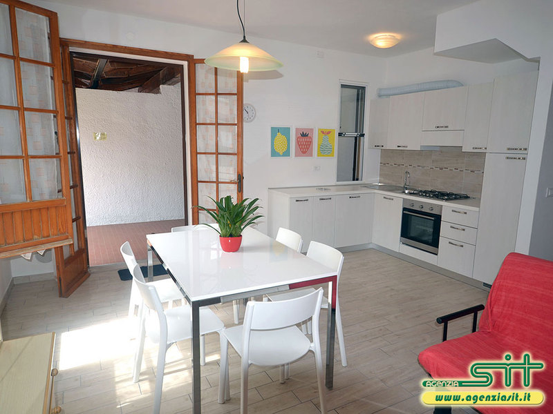 ONDALUNGA 55/C: Renovated holiday home with garden for rent in Adriatic sea